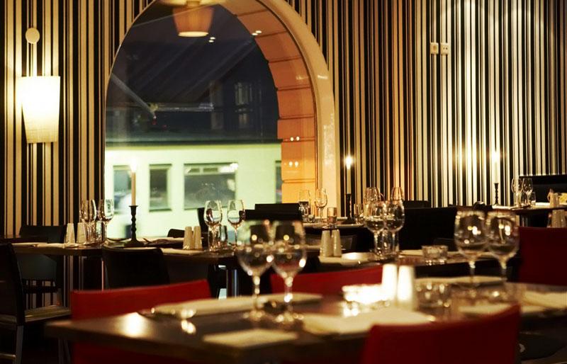 Romantisk middag på Hotell Reisen